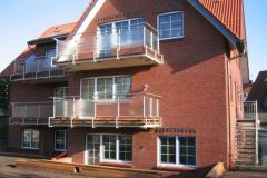 Balkone aus Edestahl und Glas -Ferienwohnung auf Juist