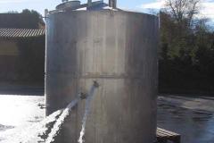 11000 Liter Integraltank nach dem Abdrücken