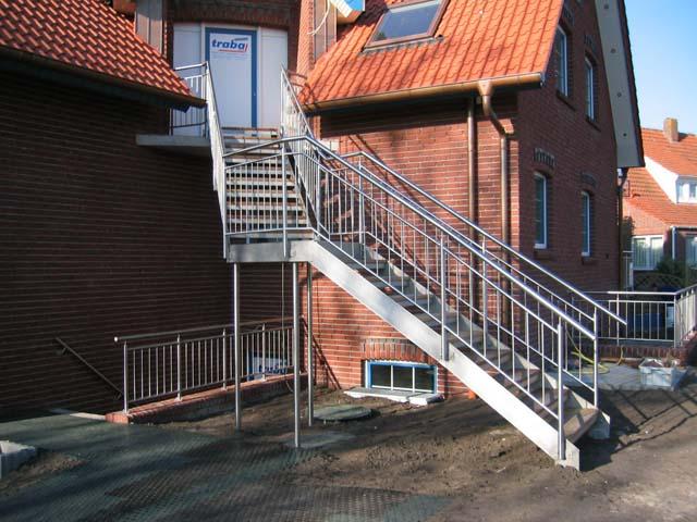 Treppe zum Eingangsbereich einer Ferienwohnung